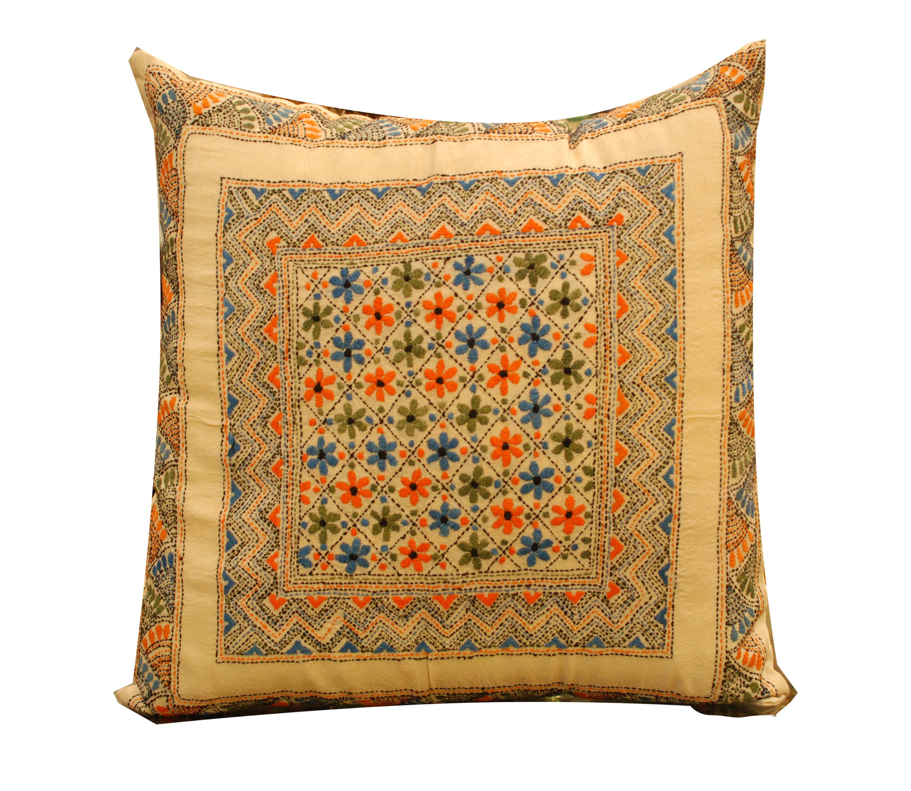 ornina handmade ocu7 silk cushion